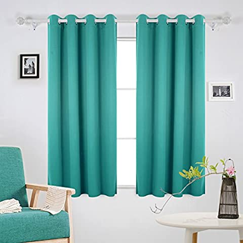 Deconovo Super Soft Solid Thermal Insulated Eyelet Bedroom Blackout Curtains