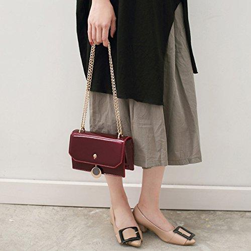 AiSi Damen Lack Leder Umhängetaschen/ Handtasche/ Damenhandtasche/ Schultertasche/ Crossbody Bag/ Henkeltasche mit Magnetverschluss Umhängekette Weinrot Schwarz Rot