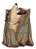 Portalápices con figura de lobo aullando