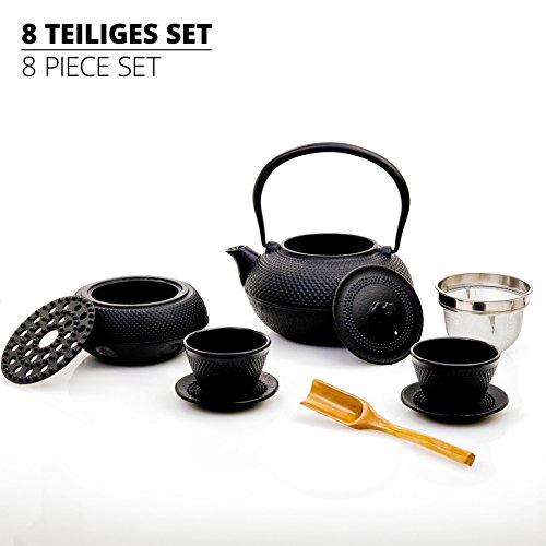 Lumaland 8 pezzi teaset di teiera in ghisa da 1,4 l + filtro in acciaio, 2 tazze con sottotazza e scaldino in nero + cucchiaio di bambù