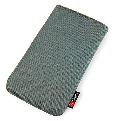 DURAGADGET housse rembourrée en gris kaki avec boucle ceinture bonus pour téléphone portable / smartphone Apple iPhone 3G S, 4, 4S, 5, 5C,5S, 6, iPod Touch