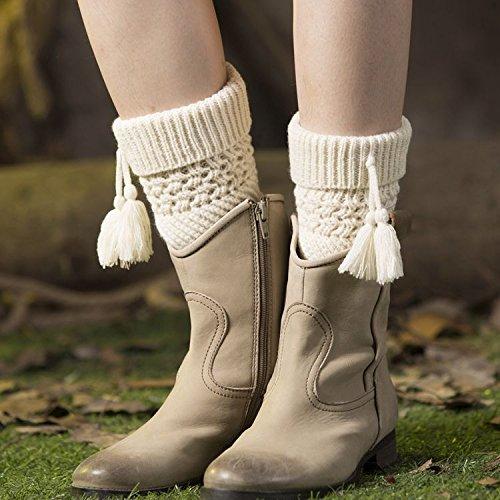 XIAOL Home Europa und die Vereinigten Staaten Leggings Set Frauen warme Wolle Stiefel Set gestrickte Weihnachten Flip Pick Loch Twill Quaste Kopf Socken (Color : Ivory)