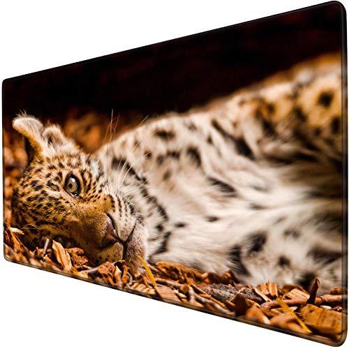 mauspad groß gaming Eleganter Leopard, der auf der übergroßen Schreibtischmatte 900x400 des Bodenspiel-Mauspads knit