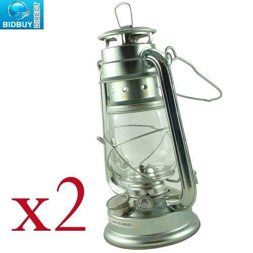 Lampe tempête traditionnelle argentée de 25,4 cm, avec cadre en verre coupe-vent - Solution durable pour les cas d'urgence - Fonctionne à l'huile de paraffine, au kérosène ou au lampant sans fumée, Silver, 2 HURRICANE LAMPS
