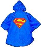Superman poncho per bambini supereroe - Maglietta supereroi Raincoat poncho costume Rainponcho blu unica super-man bambini da 3 a 7 o 8 anni - King Mungo - KMSP001