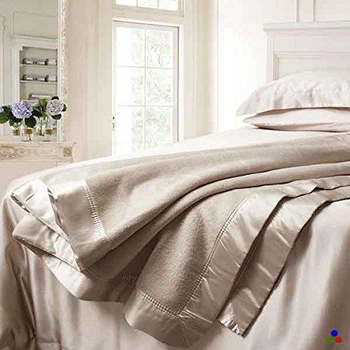 ELLESILK Plaid Decke aus Seide, Maulbeerseide Wohndecke, Natur-Seide Kuscheldecke, Hypoallergen und Hypoallergen, Cappuccino, Super King Size (220 x 240cm)