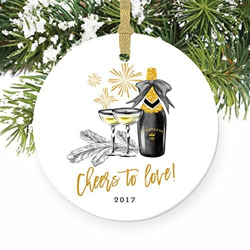 Vintage Weihnachtsschmuck Cheers To Love. Paar Beziehung Engaged Champagner Engagement Party Bridal Dusche Geschenk Ornamente für Xmas Tree zum Aufhängen