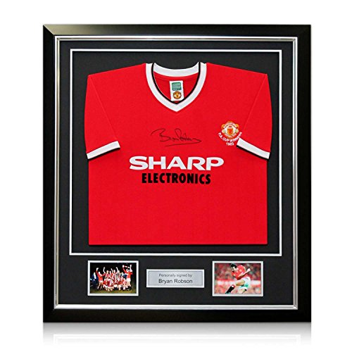 Bryan Robson Signed Manchester United 1983 FA Cup Winners Football Shirt. In Deluxe Black Frame With Silver Inlay