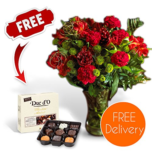 SendaBunch Fresh Christmas Flowers Delivered - Christmas Wishes Bouquet with Chocolates, Flower Food and Ebook Guide - Perfect For Xmas Gifts