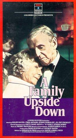 Preisvergleich Produktbild A Family Upside Down [VHS]