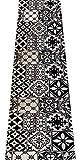 Tappeto con Tessuto dal Vivo, sottofondo in PVC - Misura: Altezza 50 cm per 300 cm - tantissimi Disegni Disponibili! Super Resistente e Antiscivolo. (Bianco e Nero)