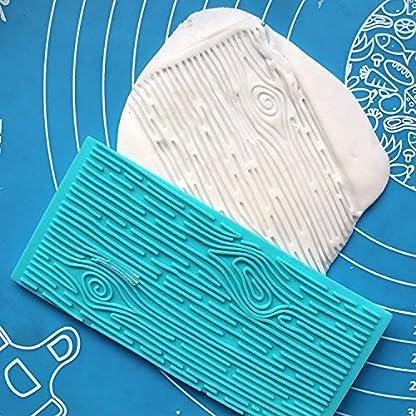 Kit 4 Piezas Moldes Plásticos Grabar Glaseado por Kurtzy – Diseños de Ladrillo, Madera, Adoquines y Piedras para Chocolate y Glaseado – Fácil de Limpiar- Perfecto para Bordes de Bizcochos, Cupcakes y Galletas