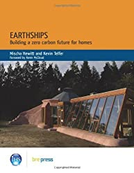Earthships in Europe by Mischa Hewitt (2010-11-05)