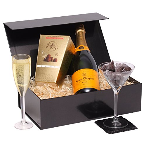 veuve-clicquot-truffles-gift-set-ultimate-luxury-champagne-gift-the-perfect-champagne-hamper