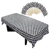 Homgaty Lot de 100 mini drapeaux de course à piques en plastique à carreaux pour cupcakes et 1 nappe rectangulaire Motif carreaux Noir/blanc 101 pièces