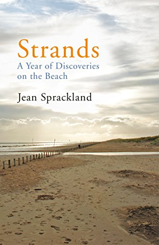 Strands: A Year of Discoveries on the Beach por Jean Sprackland