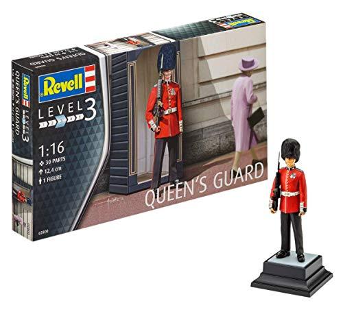 Revell Modellbausatz Figuren 1:16 - Britische Königliche Garde / British Queens Guard im Maßstab 1:16, Level 3, originalgetreue Nachbildung mit vielen Details, 02800 (Ww2 Piloten Kostüm)