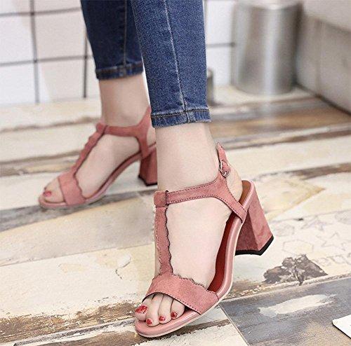 Les femmes à talons hauts sandales avec l'été de mot épais avec des chaussures ouvertes dames de la mode chaussures Rome Pink