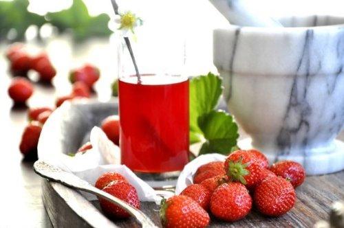 Erdbeer Aperitif Essig 500ml