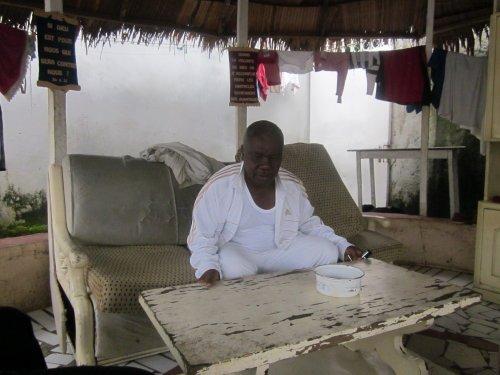 Carton Rouge à Paul Biya, Président de la République du Cameroun: Lapiro's Songs of Protest...