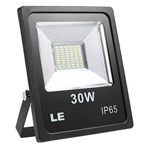 Foco LED marca Lighting EVER de 30W para exteriores