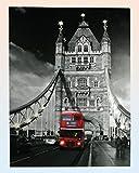 QUADRO CON 14 LED LONDRA TOWER BRIDGE TELA SU TELAIO DI LEGNO 60X80 CM