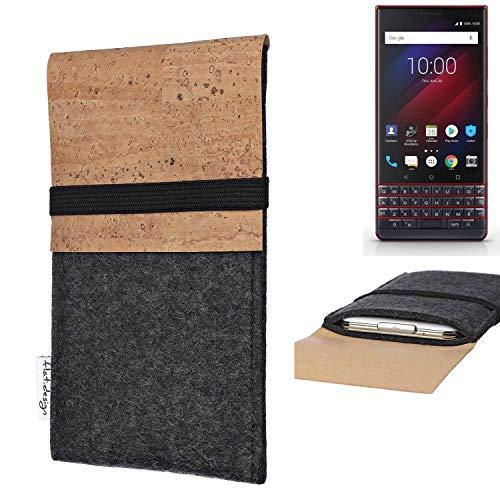 flat.design Handy Hülle SAGRES für BlackBerry Key 2 LE Dual-SIM Made in Germany Handytasche Filz Tasche Schutz Case fair Kork