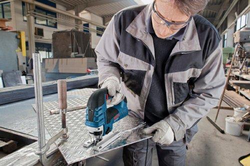 Bosch 0601513003 GST 150 BCE Professional Stichsäge Bügelgriff im Karton mit Sägeblatt, Absaug-Set, Gleitschuh, Saugdüse und Spannreißschutz - 6