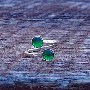 Bottled Up Designs Recycelte Vintage 1960 grüne Bierflasche gehämmert Sterling Silber Bypass Ring