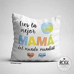 """2018 ya se va y qué mejor idea y Regalo de Reyes que este Cojín Mamá Personalizado de 40x40 cm. """"Eres la mejor máma"""""""