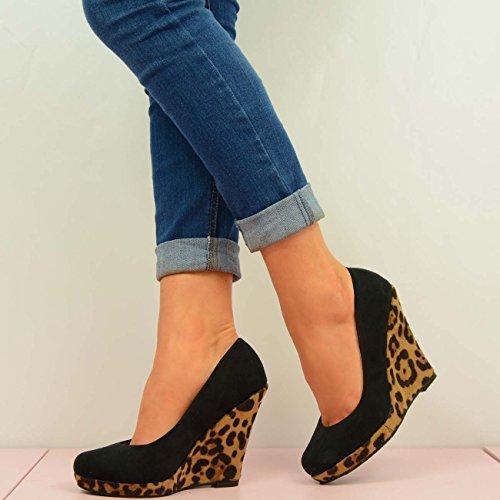 Cucu Fashion ,  Damen Durchgängies Plateau Sandalen mit Keilabsatz Leopard