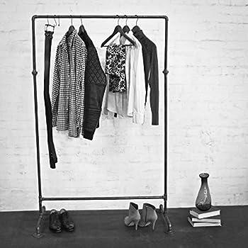 kleiderst nder aus wasserrohr mit rollen extrem stabil industrial design kleiderwagen. Black Bedroom Furniture Sets. Home Design Ideas