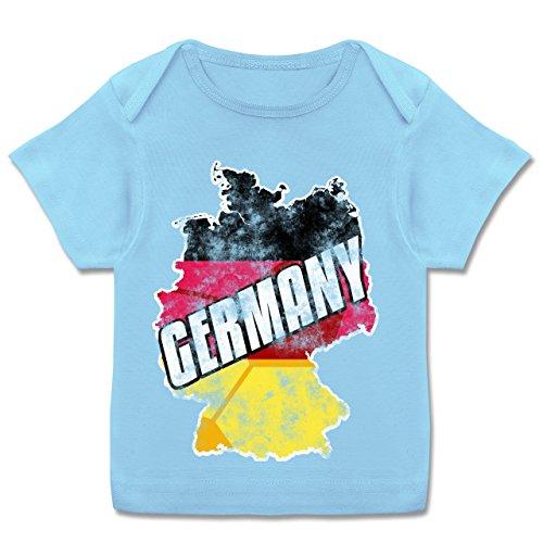 Fußball-WM 2018 Russland - Babys - Germany Umriss Vintage - 68-74 (9 Monate) - Babyblau - E110B - Kurzarm Baby-Shirt für Jungen und Mädchen in verschiedenen Farben (Leder-leibchen)