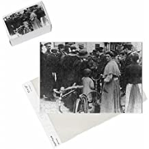 Photo Jigsaw Puzzle of French people give directions to lost British soldier, WW1