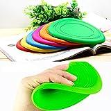 Ruikey Frisbees en silicone et jouets de lancer pour la formation de chien en couleur aléatoire 18x18x 0.25 cm