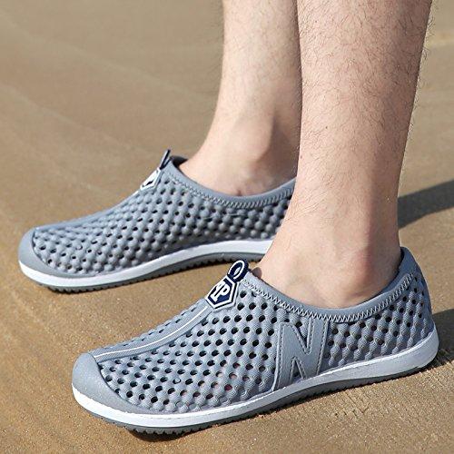 Xing Lin Plage Flip Flop Patins Avec Trou Mâle Midsummer Creux Pantoufles Respirant Casual Marée Plage Chaussures Couples Pantoufles Sandales Hommes Pk222-gris