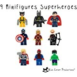 Kids Corner Productions® - Super Heroes Lego Figuras 9 Set Mini Figuras Marvel aKids Corner Producciones® DC Comics - Bolso de fiesta con Batman, Spiderman, IronMan, Thor, DeadPool, Wolverine, Captian America, Hawkeye y The Hulk - Compatible con Lego
