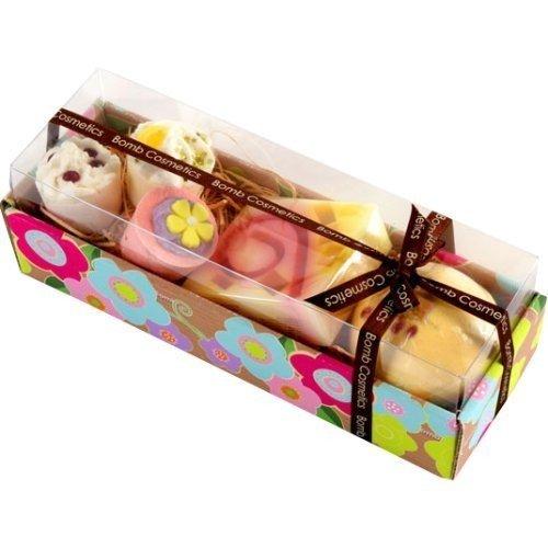 bomb-cosmetics-hawaiian-flower-coffret-cadeau-produits-pour-le-bain