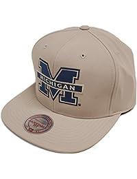 Mitchell & Ness Michigan Milo EU829 Tan Snapback Cap Kappe Basecap NCAA