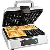 GOURMETmaxx 07836 Macchina Per Waffle | Waffle Maker | Piastra Per Quatro Gaufre | Pratica e Leggera | 2400 W | Argento