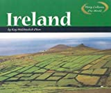 Ireland (Many Cultures, One World) by Kay Melchisedech Olson (2003-09-01)