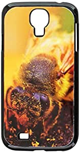 Graphics and More Bee Covered In Pollen On Flower Snap-On Hard Protective Case for Samsung Galaxy S4 - Non-Retail Packaging - Black