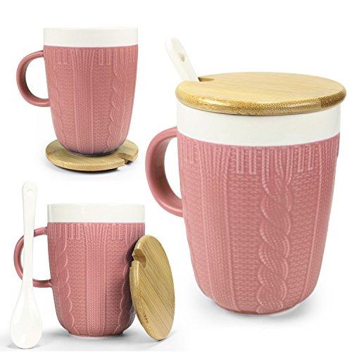 Tasse in Strickoptik mit Keramik Löffel & Echt-Holz Deckel - für optimale Thermoeigenschaften von Urhome® I Deckel als Untersetzer I Tee-Tasse Kaffeetasse Frühstück Kaffee-Becher Mug Rosa -