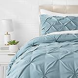 AmazonBasics - Juego de cama con colcha fruncida en pellizco, 260 x 240 cm, Azul (Spa Blue)