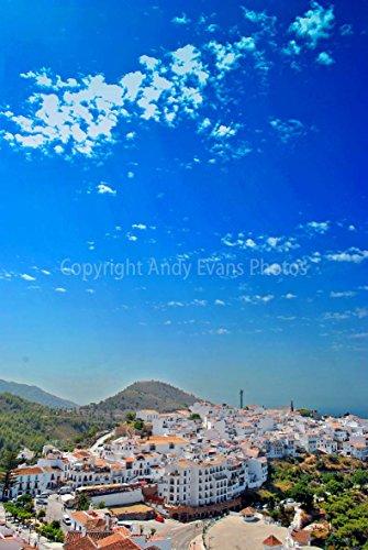 Foto ein 30,5x 45,7cm Fotodruck frigiliana, andalusische weiß Dorf an der Costa del Sol, Andalusien Spanien Hochformat Foto Farbe Bild Fine Art Print. Fotografie von Andy Evans Fotos