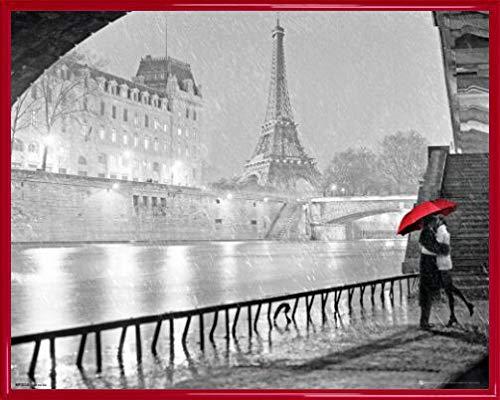 Paris Mini-Poster und Kunststoff-Rahmen - Eiffel Tower Kiss (50 x 40cm)