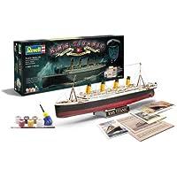 """Revell Modellbausatz Schiff 1:400 - Geschenkset """"100 Jahre TITANIC"""" im Maßstab 1:400, Level 5, originalgetreue Nachbildung mit vielen Details, Kreuzfahrtschiff, 05715"""