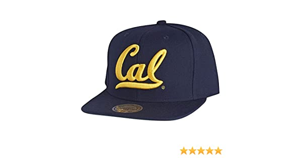 Mitchell   Ness California Golden Bears Wool Solid Snapback Cap NZ981  Basecap  Amazon.co.uk  Clothing 47c80ac52e3c