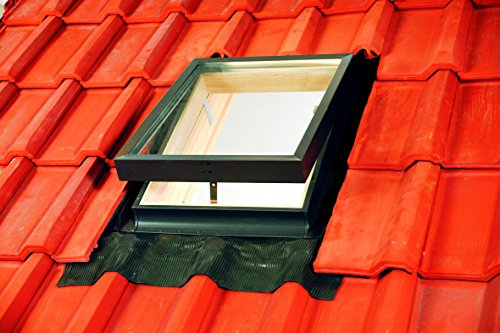 45-x-73cm-deluxe-skylight-access-roof-window-with-flashing-kit-apron