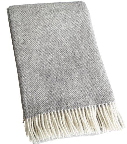 Long plaid en pure laine à chevrons crème-gris, 130x220cm avec franges, 100% laine vierge de Nouvelle-Zélande, Oeko-Tex® Standard 100